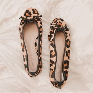SCHUTZ arissa animal print leopard square toe flat
